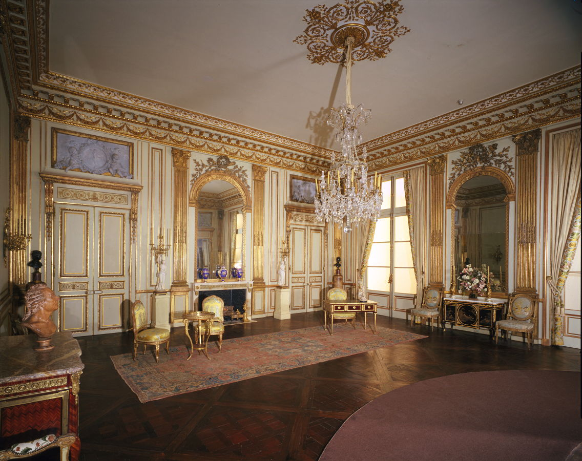 Frame work the salon dor at the legion of honor famsf - Salon colonial design ...