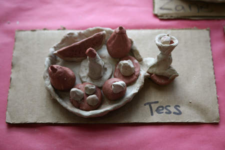 Campers used 3D models to create artwork made out of clay based on a still life