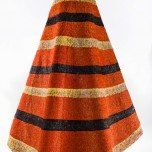 'Ahu 'ula (cloak), pre-1825. Red 'i'iwi (Vestiaria coccinea) feathers, yellow and black 'ō'ō (Moho sp.) feathers, and olonā (Touchardia latifolia) fiber. Bernice Pauahi Bishop Museum, Ethnology Collection, 1969.181. Photograph by Hal Lum and Masayo Suzuki