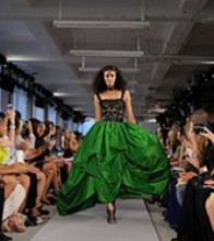 Oscar de la Renta evening dress, spring 2012. Emerald-green silk taffeta, black Battenburg lace