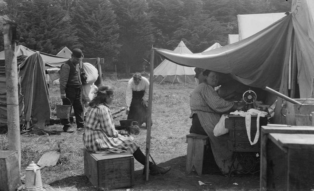 Arnold Genthe, Untitled (Domestic Scene in Post Earthquake and Fire Days. A Family's Activities in an Emergency Camp), 1906. Cellulose nitrate negative, 3 3/8 x 5 3/4 in. (8.6 x 14.6 cm). Fine Arts Museums of San Francisco, Museum purchase, James D. Phelan Bequest Fund, 1943.407.78.1