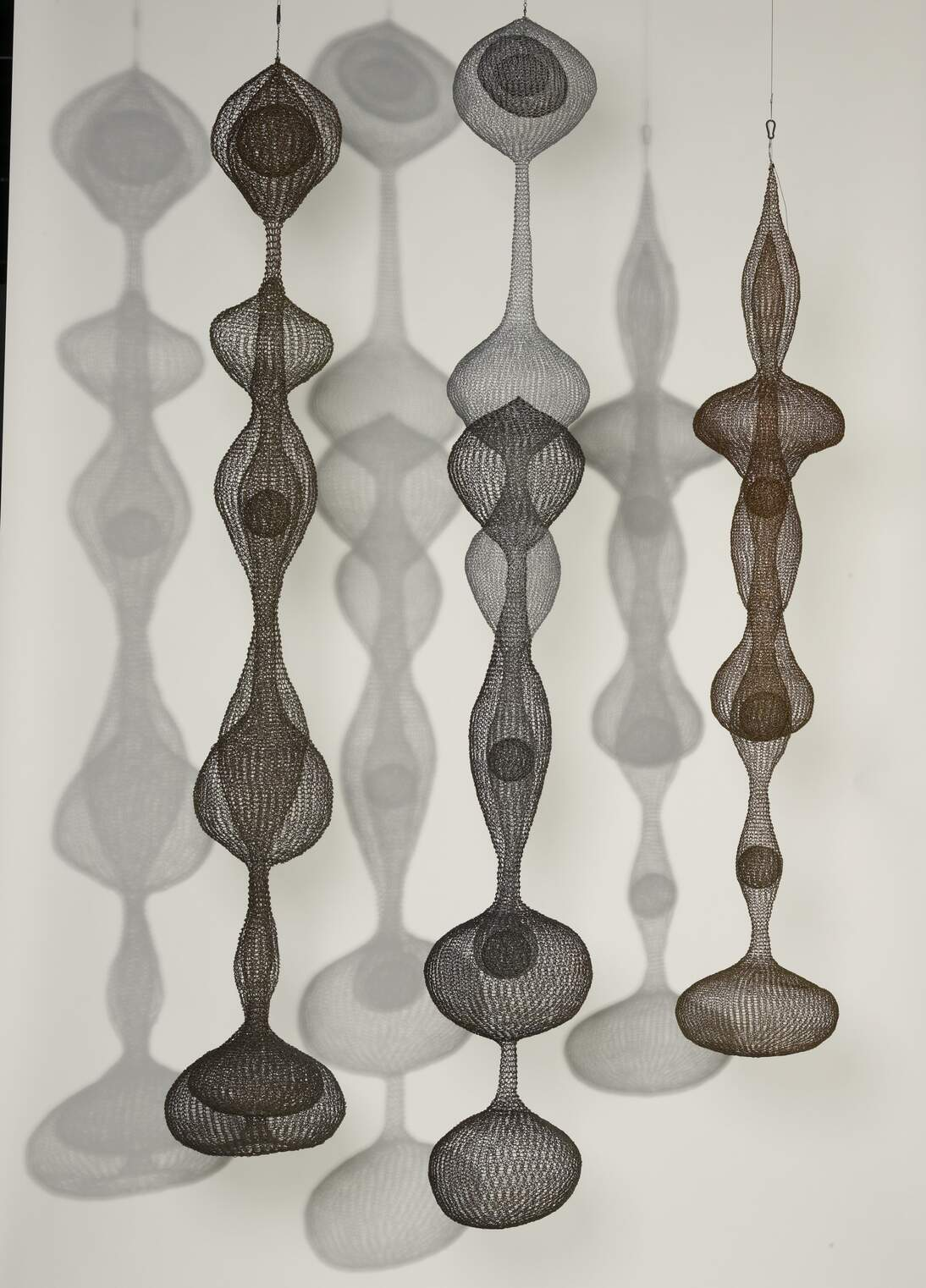 Selection of untitled sculptures by Ruth Asawa, Fine Arts Museums of San Francisco. Photograph by Joseph McDonald. © 2020 Estate of Ruth Asawa / Artists Rights Society (ARS), New York. Courtesy of the Estate of Ruth Asawa and David Zwirner Gallery, New York