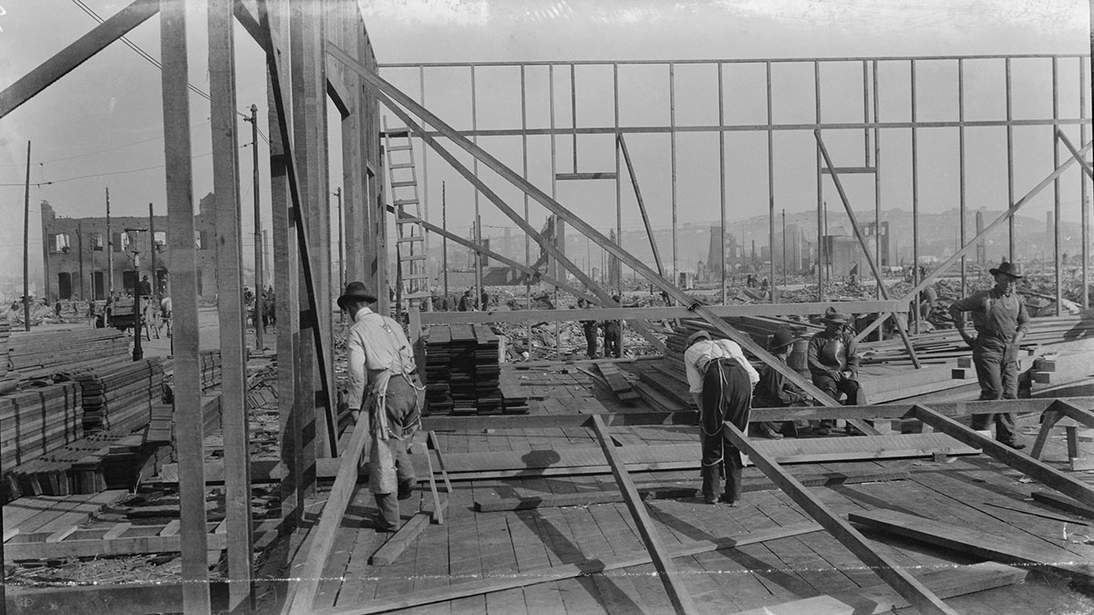 Arnold Genthe, Untitled (Men work to rebuild the city surrounded by the ruins left by the earthquake and fire), 1906. Cellulose nitrate negative, 3 1/8 x 5 11/16 in. (7.9 x 14.4 cm).Fine Arts Museums of San Francisco, Museum purchase, James D. Phelan Bequest Fund, 1943.407.79