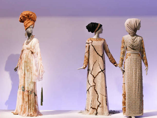 "d62944c789 Modesty Makes Its Mark in ""Contemporary Muslim Fashions"" at the de Young  Museum"