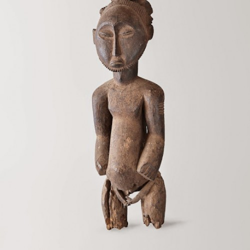 Singiti, ancestor figure, 19th century. Democratic Republic of the Congo, Hemba. Wood, hide, and pigment. Richard H. Scheller Collection. Photo © Robert A. Kato
