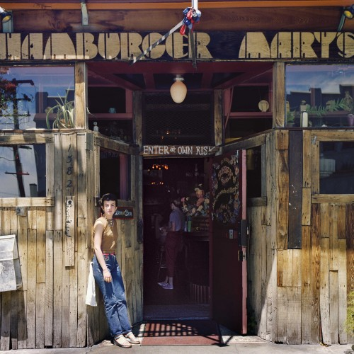Janet Delaney, Hamburger Mary's, 1582 Folsom at 12th Street, 1980. Archival pigment print. Image courtesy the artist. © 2014 Janet Delaney