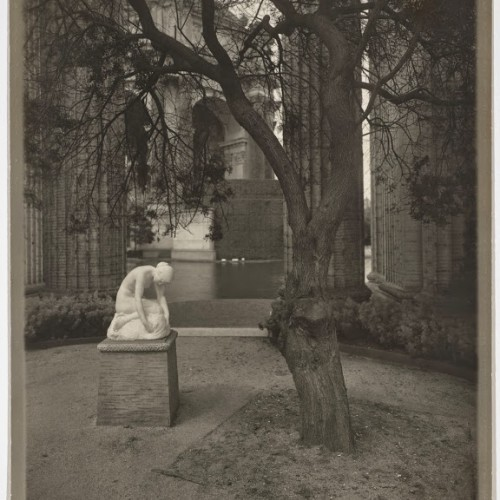 Willard E. Worden, <em>Colonnade of the Palace of Fine Arts with Edward Berge's Muse Finding the Head of Orpheus</em>, ca. 1915. Gelatin silver print. Jerry Bianchini Collection