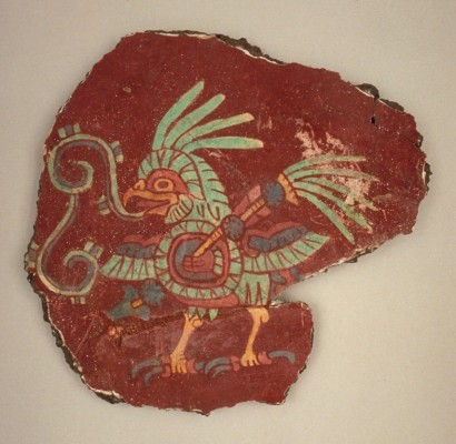 Mural fragment (bird with shield and spear), 500–550. Earthen aggregate, lime plaster, and mineral pigments,11 5/8 x 12 3/8 in. (29.5 x 31.5 cm). Fine Arts Museums of San Francisco, Bequest of Harald J. Wagner, 1985.104.9. Photo by Randy Dodson, © Fine Arts Museums of San Francisco