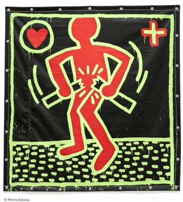 Keith Haring, Untitled, 1982. Vinyl ink on vinyl tarpaulin. Collection of Sloan and Roger Barnett © Keith Haring Foundation